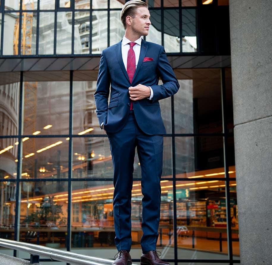 Anzug für Herren Wien